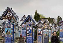 sapanta- merry cemetery