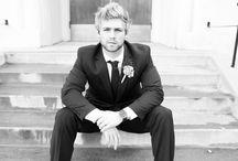 groom portrait { inspiration }