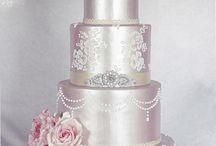 Cake shimmering