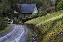 Cottages / Such enchanting places!! / by Lois Pressler