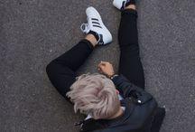 Poses Tumblr boy