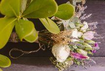 Alecrim_Adriana + Bruno / Arranjos, Buquê e Lapelas: Alecrim Floral / Local: Mansão das Heras / Cerimonialista e decoração: Cetim Noivas / Fotografia: Felipe Luz