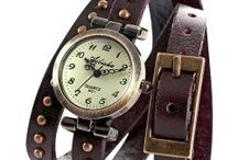 Vintage Watches / A collection of vintage watches for noth men and women.