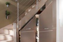 Шкаф в лестнице