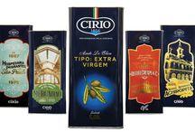 Azeite Cirio / O azeite oliva extravirgem Cirio, é um lançamento exclusivo da Sandéleh Alimentos para o mercado brasileiro. O produto é a opção ideal para aqueles que incluíram o azeite nos preparos diários de suas refeições.