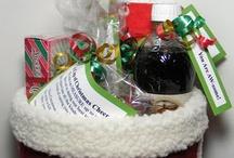 Gift Ideas / by Jena DeVries