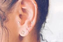 EaR PiERcinGS•••