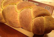 Bread / by Zuzana Keeslar