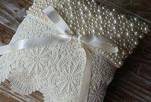 Porta Alianças | Casamento / Inspirações de porta alianças! www.blogrealizandoumsonho.com.br
