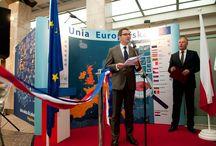 """Szczecin przyjął euro / Wystawę """"Euro, waluta europejska"""" przygotowaną przez Komisję Europejską we współpracy z Narodowym Bankiem Polskim można już oglądać w oddziale NBP w Szczecinie. Zapraszamy!"""