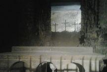 photo bizarre / photo prise dans un vieux cimetiere mais une chose etrange s'y est glissé