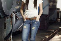 Primavera-Verão 2016 / SpringSummer2016 da Staroup: A pegada do denim industrial é a inspiração para a coleção, que vem cheia de detonados, puídos e lavagens desgastadas, cool como o jeans deve ser.