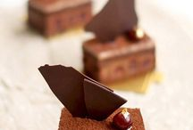 dessert alert / by Aisha Zakaria