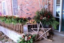 Christmas urns