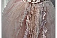 final dress details