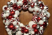 Kim's Handmade Ornament Wreaths