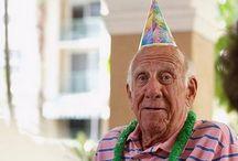 Alte Leute Partymacher!