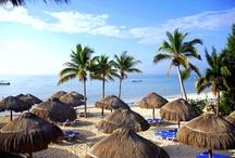 Ocean Maya Royale, Riviera Maya / Situado en primera línea de playa en Riviera Maya, el Ocean Maya Royale cuenta con habitaciones completamente renovadas, una variada propuesta gastronómica con diversos restaurantes temáticos, servicio Privilege, Despacio Spa Centre, salones de reuniones y una amplia oferta de actividades y deportes. www.oceanmayaroyale.net / by H10 Hotels