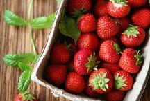 Erdbeeren & Co. / strawberries & co. / by Anna Dreier