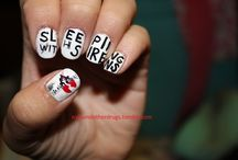 Cute nails / by Katlyn Burns