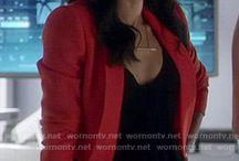 "look iris west  ""The Flash"""
