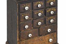 сундуки и шкафчики