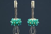 skleněné šperky DALOO / Kolekce šperků vzniklá z ručně vyrobených korálů. sklo, stříbro, ocel