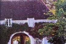 Lovely homes / Prachtige huizen
