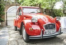 Coche bodas / Coche clásico Citroën 2 CV rojo descapotable precioso para bodas y eventos