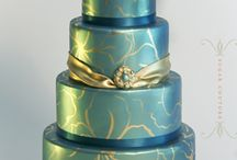 Cakes, and more cakes! / by Liz Howse