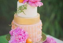 Cake Ideas / Cakes I've made & Cakes I would like to make.  / by Whitney Berge