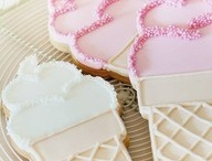 Sweet bakery / Decorated cookies, gingerbread and sweets