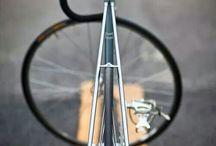 Bicicletas / Bicicletas ciclismo / by Oscar Andrés Aguilar Pardo