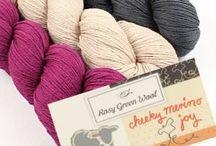 Rosy Green Wool - Himmlisch! / 100 % Bio-Merinowolle, von der Schafhaltung bis zum Strang zertifiziert, super weich und absolut kratzfrei