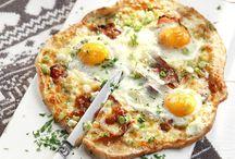 Πίτσα και Πεϊνιρλί με αυγά-Pizza and Peinirli with eggs