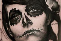 Tattoo / Black and grey