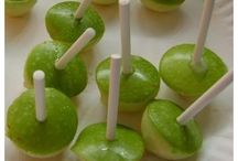 sweet snacks / mini caramel apples