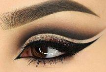 Black/gold make up