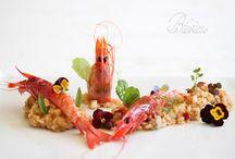 gamba roja de garrucha sobre risotto de verduras