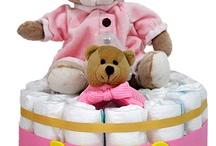 Tarta de Pañales / Regalos originales para recién nacidos, regalos para bebés, canastillas para nacimiento, tartas de pañales, bolsos de carro personalizados, regalos personalizados para bebés, mantas bordadas con el nombre del bebé, bodies para bebés originales, y... ¡mucho más!