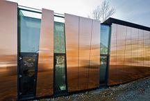 Fasade med glassfelt
