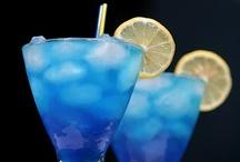 Drinks / by Jane Iglhaut