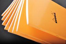 Rhodia Classic / Avec la collection Rhodia classic, tout le caractère authentique et originel des blocs Rhodia est décliné sous forme de cahiers pratiques et fonctionnels.