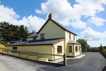 Late Deals / Pembrokeshire holiday cottage special offers. If you are looking for your perfect summer holiday accommodation and want to save some money, we have a fine selection below. All of our cottages have been selected because they adhere to our 3, 4 and 5 star standards. If you are not able to find the perfect holiday cottages for you, please call our team on 01834 844565.
