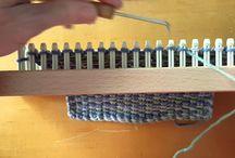 型枠で編み物
