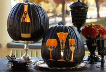 Halloween Food and Fun / Fun ways to turn Halloween into Hallow-wine! Crafts and food ideas for Halloween