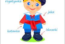 STRÓJ KUJAWSKI / Strój kujawski, szyty z jedwabiu i cennego sukna, dostojny w formie i kolorystyce, wzorowany jest na szlacheckim.