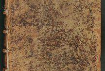 """Machiavelli, Niccolò. Tutte le opere di Nicolo Machiauelli cittadino et secretario ... / Aquesta edició de les obres completes de Niccolo Machiavelli Tutte le opere di Nicolo Machiauelli que us presentem, és una d'entre les nombroses clandestines que es van imprimir a Europa entre els segles XVI i XVII. Son unes edicions conegudes com a Testines perquè a la portada hi figura el cap de Maquiavel (en italià """"testa"""")."""