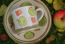 Apples & Strawberries Collection / Mugs, bowls & plates to brighten up your breakfast, lunch and dinner