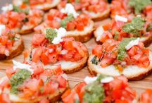 Passed Hors d'oeuvres  / Ideas for yummy appetizers during cocktail hour.